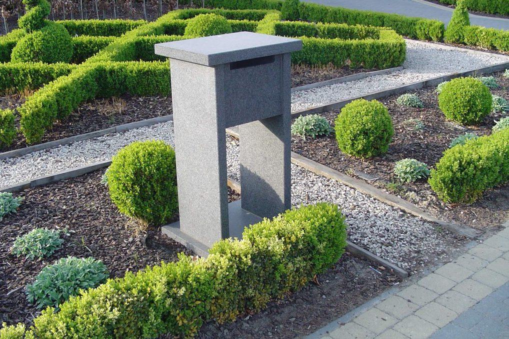 brievenbus graniet